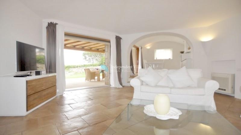 15 Villa barone living room