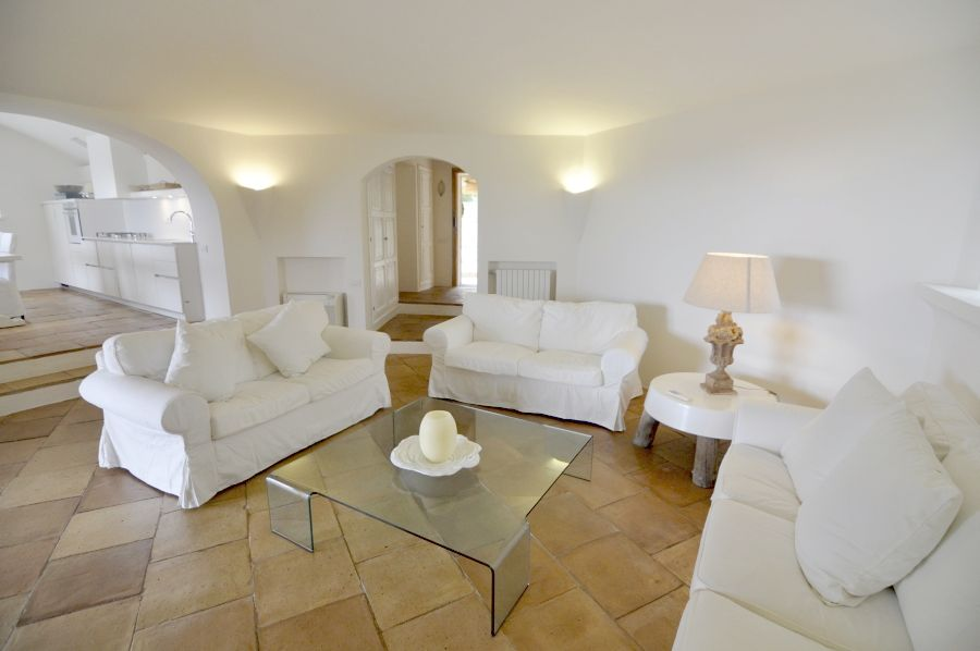 16 Villa barone living room