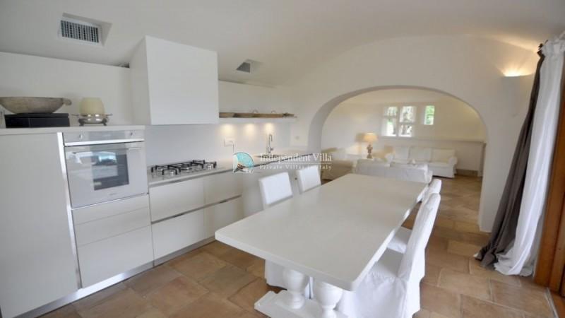 19 Villa barone kitchen