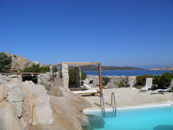 3  Villa la maddalena lux pool
