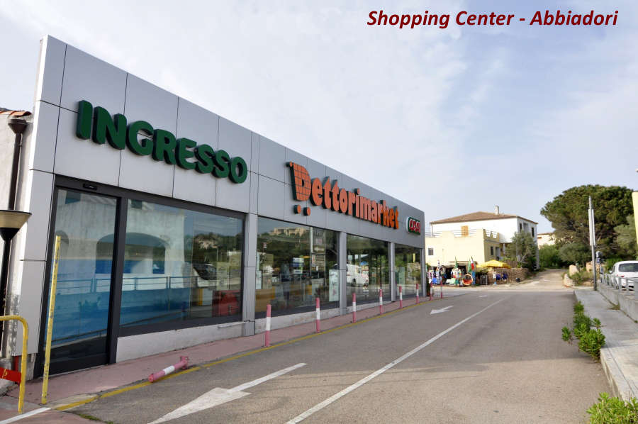 Shopping in Costa Smeralda Abbiadori