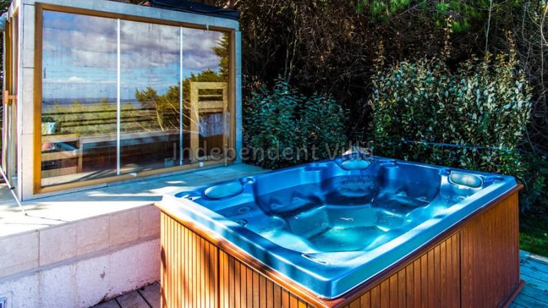 Jacuzzi Sauna Piscina.Villa For Rent In Sardinia With Pool Jacuzzi Sauna 150 M