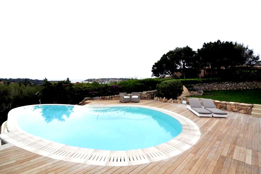 Villa con piscina in Cervo