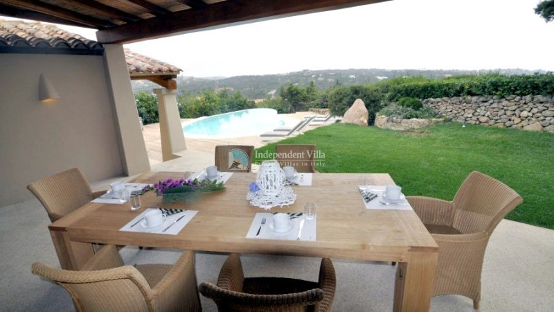 11 Villa barone outside dining area