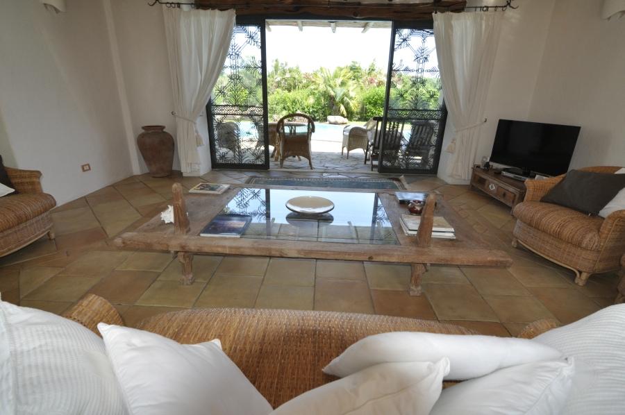 15 villa la torre di stintino living room
