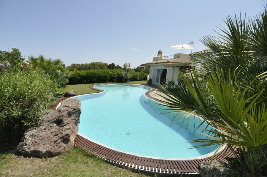 2 villa la torre di stintino swimming pool