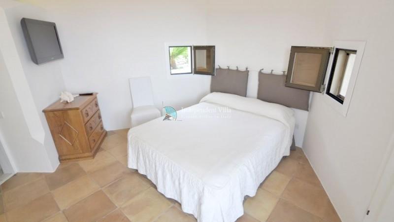 22 Villa barone bedroom