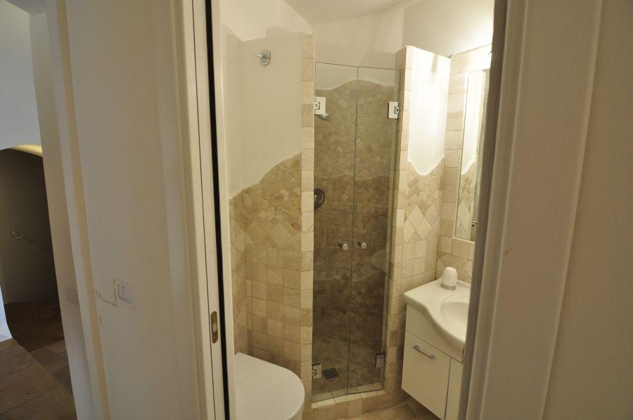 27 Villa barone bathroom