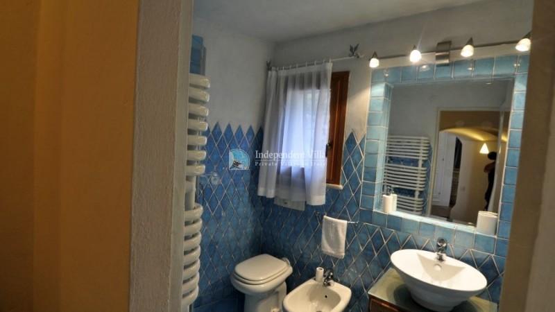28 Villa barone bathroom