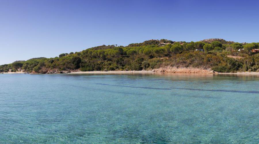Villa indipendente porto pozzo in affitto for Conca verde piscine