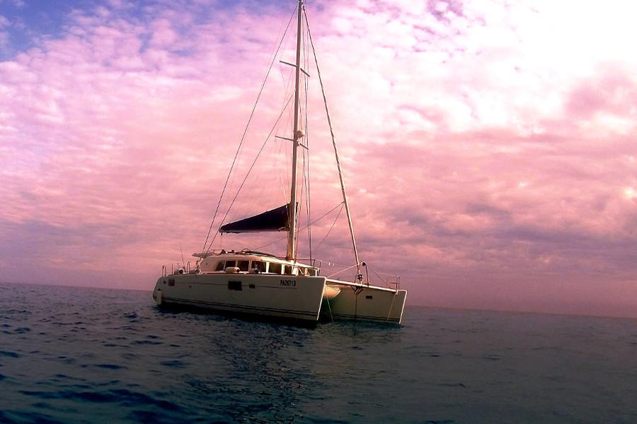 6 Catamarano Relax