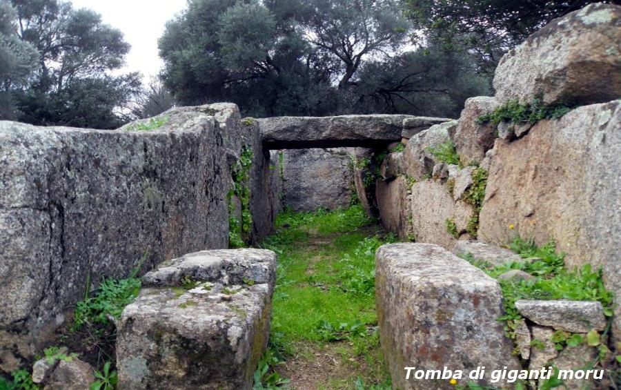 Archeologia della Costa Smeralda Tomba dei giganti