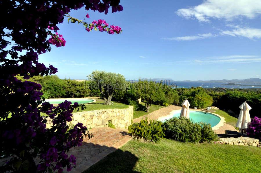 04 Le ville del Pevero Lux swimming pool