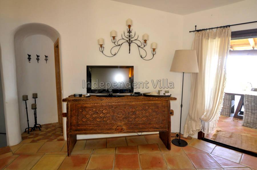 18 Le ville del Pevero Lux sitting room