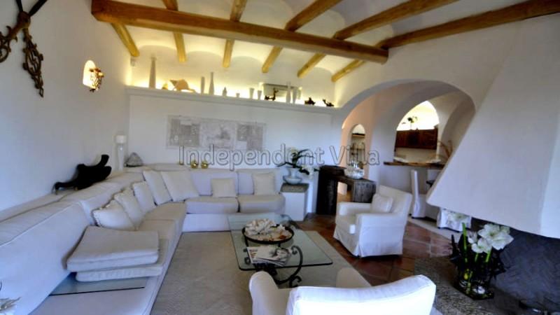 35 Le ville del Pevero Lux small villa sitting room