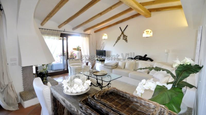 35 bLe ville del Pevero Lux small villa sitting room