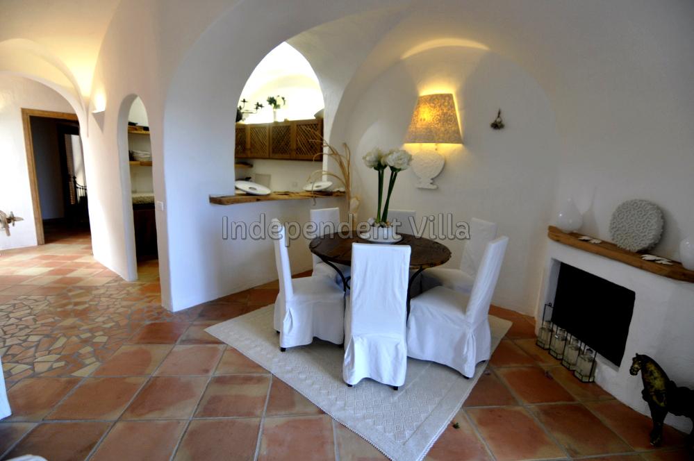 37 Le ville del Pevero Lux small villa sitting room