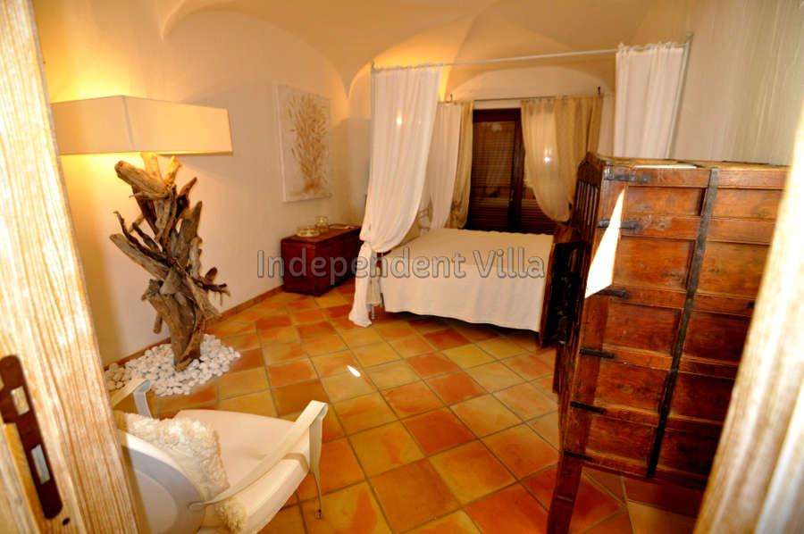 47 Le ville del Pevero Lux small villa bedroom