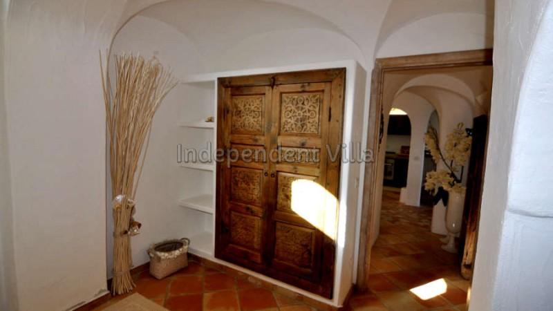 54 Le ville del Pevero Lux small villa bedroom