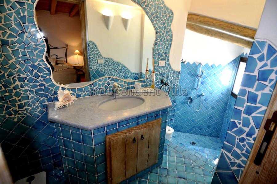 60 Le ville del Pevero Lux small villa bathroom