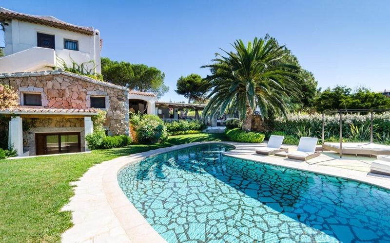Villa prince lux villa di prestigio spiaggia di liscia di vacca con piscina esclusiva - Ville in vendita con piscina ...